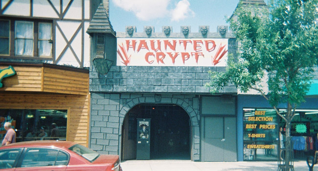 Haunted Crypt in Wisconsin Dells