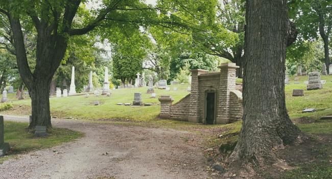 Historic Rienzi Cemetery in Fond du Lac, WI