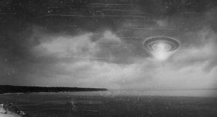 Massive Flying Saucer Witnessed in Sturgeon Bay in 1952