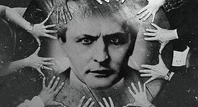 Halloween Houdini seance in Milwaukee