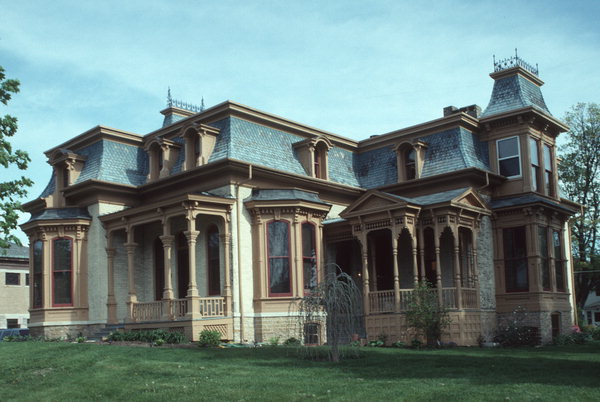 Hamilton House, a haunted B&B in Whitewater, WI